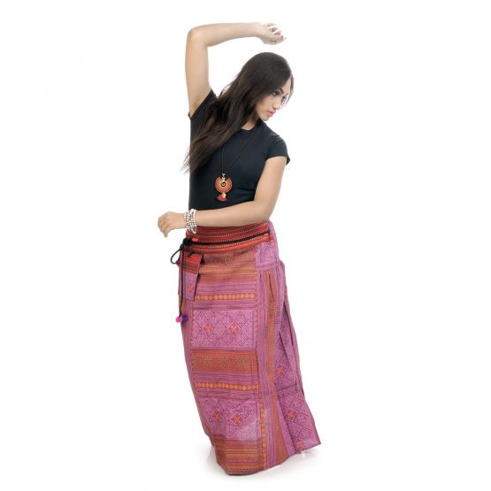Block printed, ankle-length skirt with pink color.