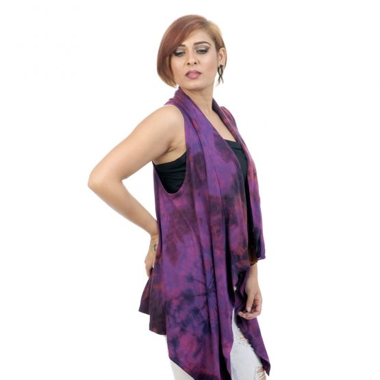 Tie & dye, Lounge fit; sleeveless shrug with purple color