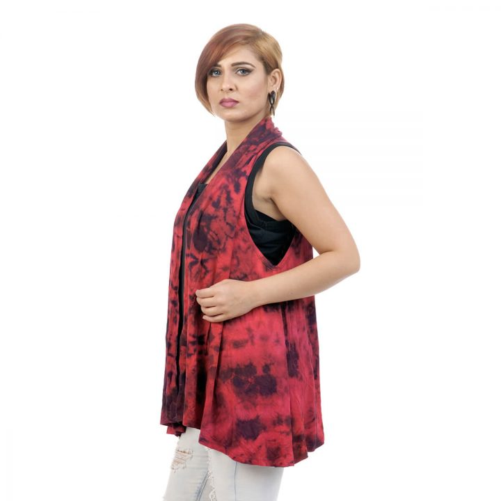 Tie & dye, Lounge fit; sleeveless shrug with maroon color