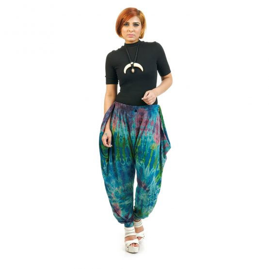 ankle length Tie & Dye Button Trouser with dark green and dark blue multicolor.