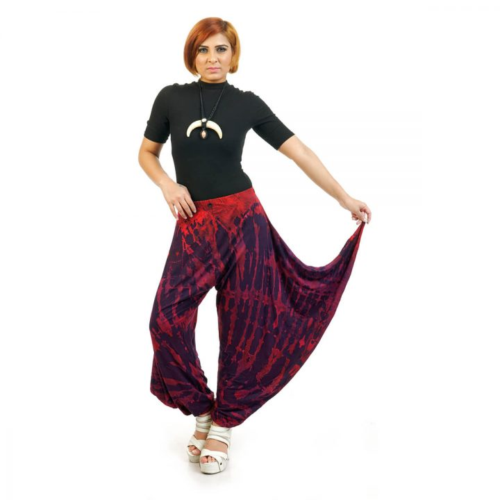 ankle length Tie & Dye Button Trouser with rust and black multicolor.