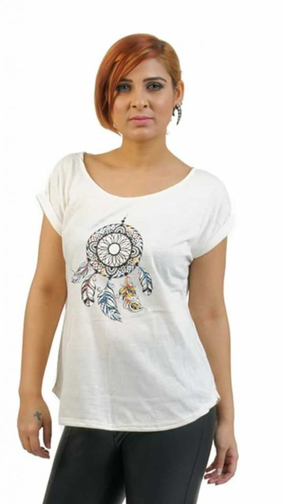 Extended sleeve t-shirt with small dream catcher print